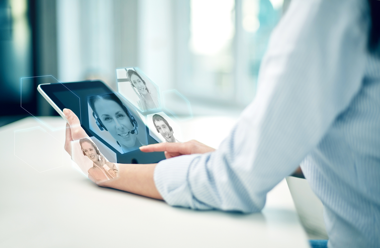 How Can Companies Use Mobile Apps to Improve Customer Experience?