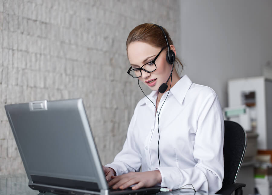 5 Essential Skills Every Customer Support Agent Should Have