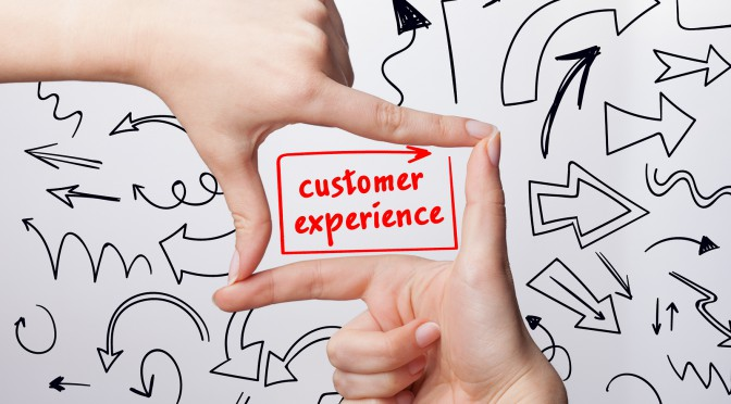 How to Enhance Online Customer Journey Experience with Live Chat