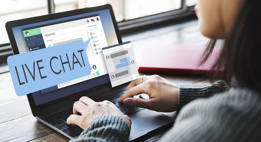 Customer Insights with Live Chat