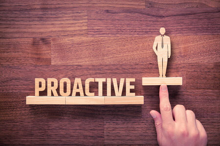 Capture Your Website Visitors Attention with Proactive Chat