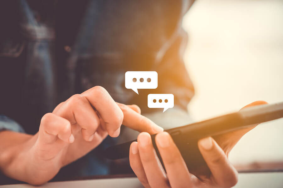 Incorporating a Live Chat Solution